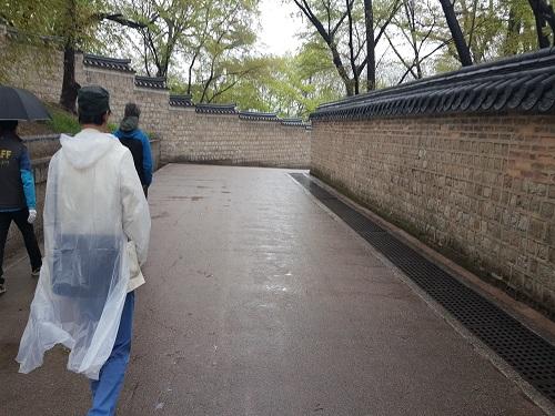 [22일 날씨] 전국에 비 내린다…서울 '영상3도'