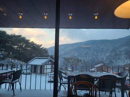 [28일 날씨] 전국에 또 눈 내린다…아침 최저기온 '영하5도'