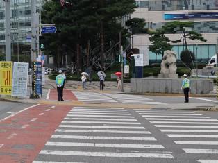 [2일 날씨] 오전까지 비 내린다…서울 '영상7도'