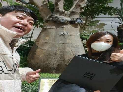 """양준혁, 아내 박현선과 달달한 데이트…팬들 """"부럽다"""""""